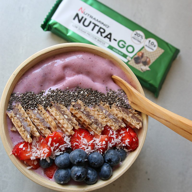 Life Extension Nutriamo bowl with Nutra-Go Protein Wafer, Nutra-Go Milkshake, strawberries, blueberries and chia